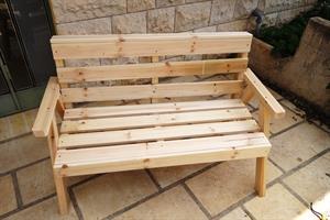 ספסל גינה זוגי מעץ אלון