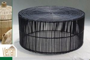 שולחן ראטן חדש מגיע בצבע: שחור /טבעי  מידות: 56X26