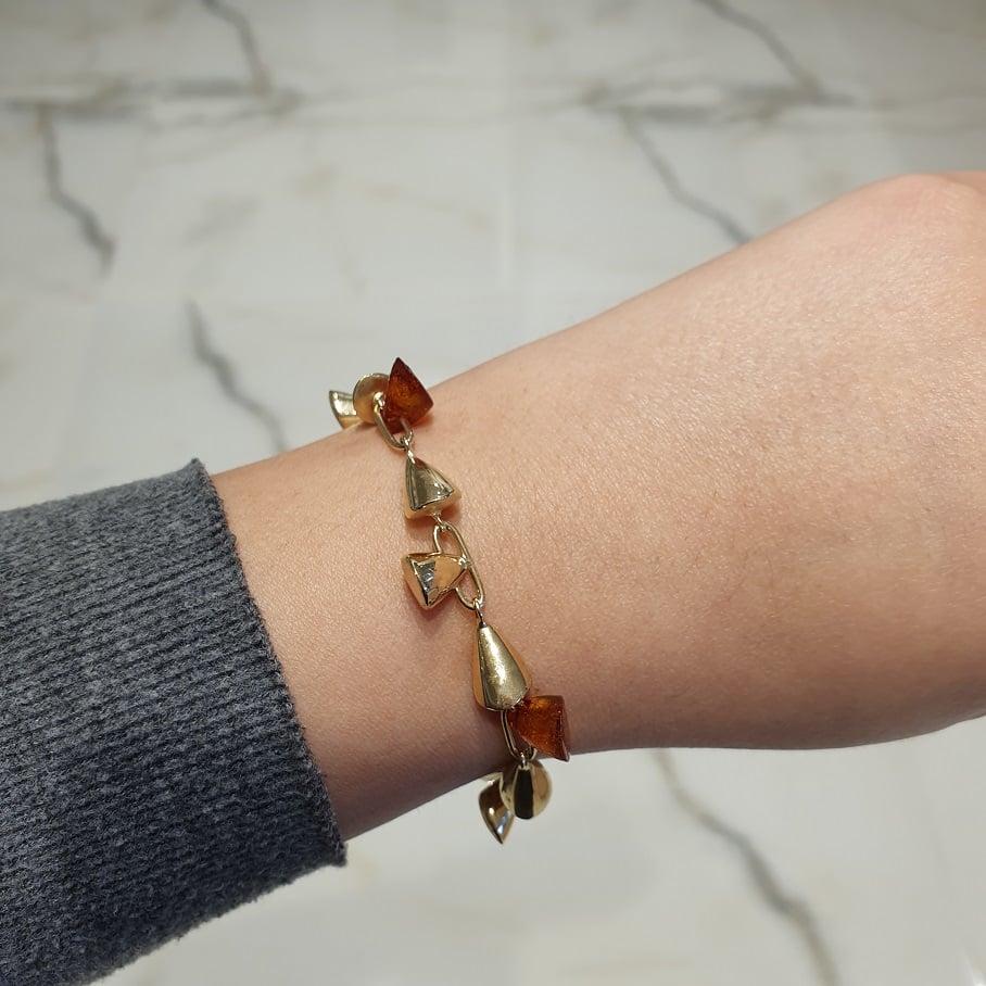 צמיד זהב איטלקי לאישה עם אבן ענבר