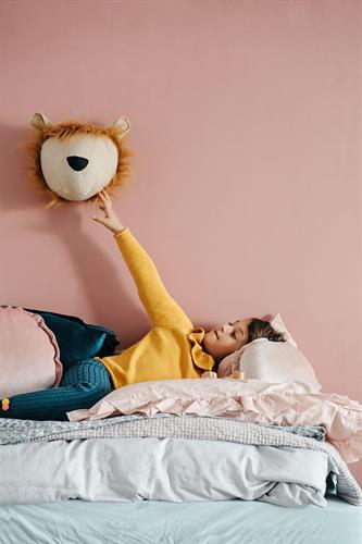 ראש אריה לתליה על הקיר
