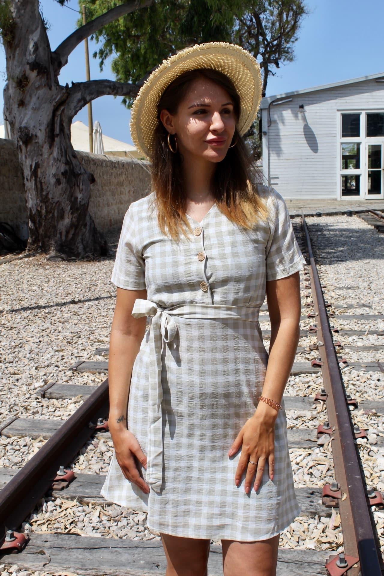 שמלת סקוור ירוקה