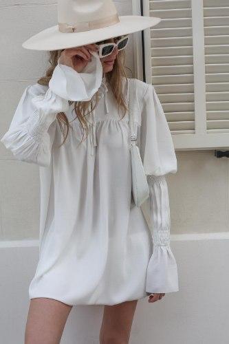 שמלת קיארה לבן