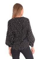 חולצת אולידיי שחור נקודות גדולות
