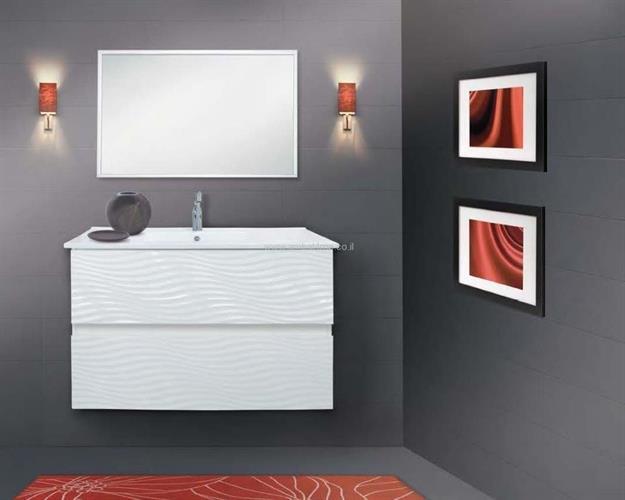 ארון אמבטיה מספר 28