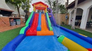 מתקן קפיצה מתנפח  רטוב עם מים בית המגלשות - Jumpy Jump  - קפיץ קפוץ