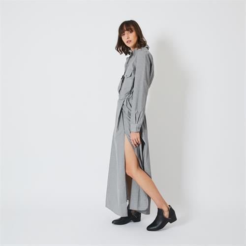 שמלת נלי אפורה