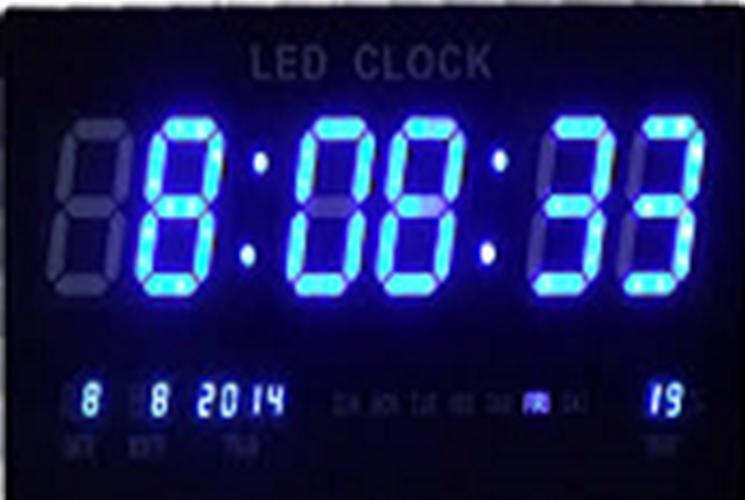שעון קיר דיגיטלי גולף GOLF תאריך וטמפרטורה