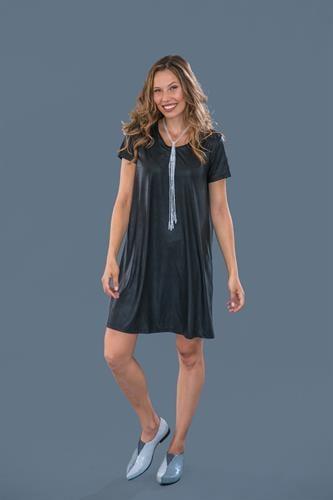 שמלת מונקו שחורה שרוול קצר