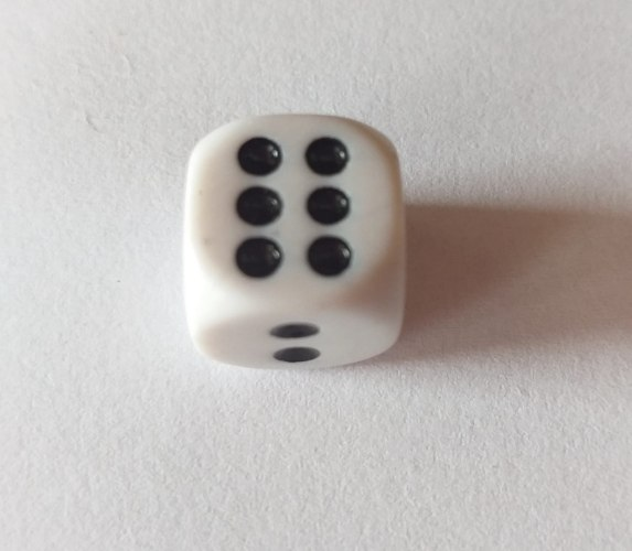 """קוביית משחק 10מ""""מ"""