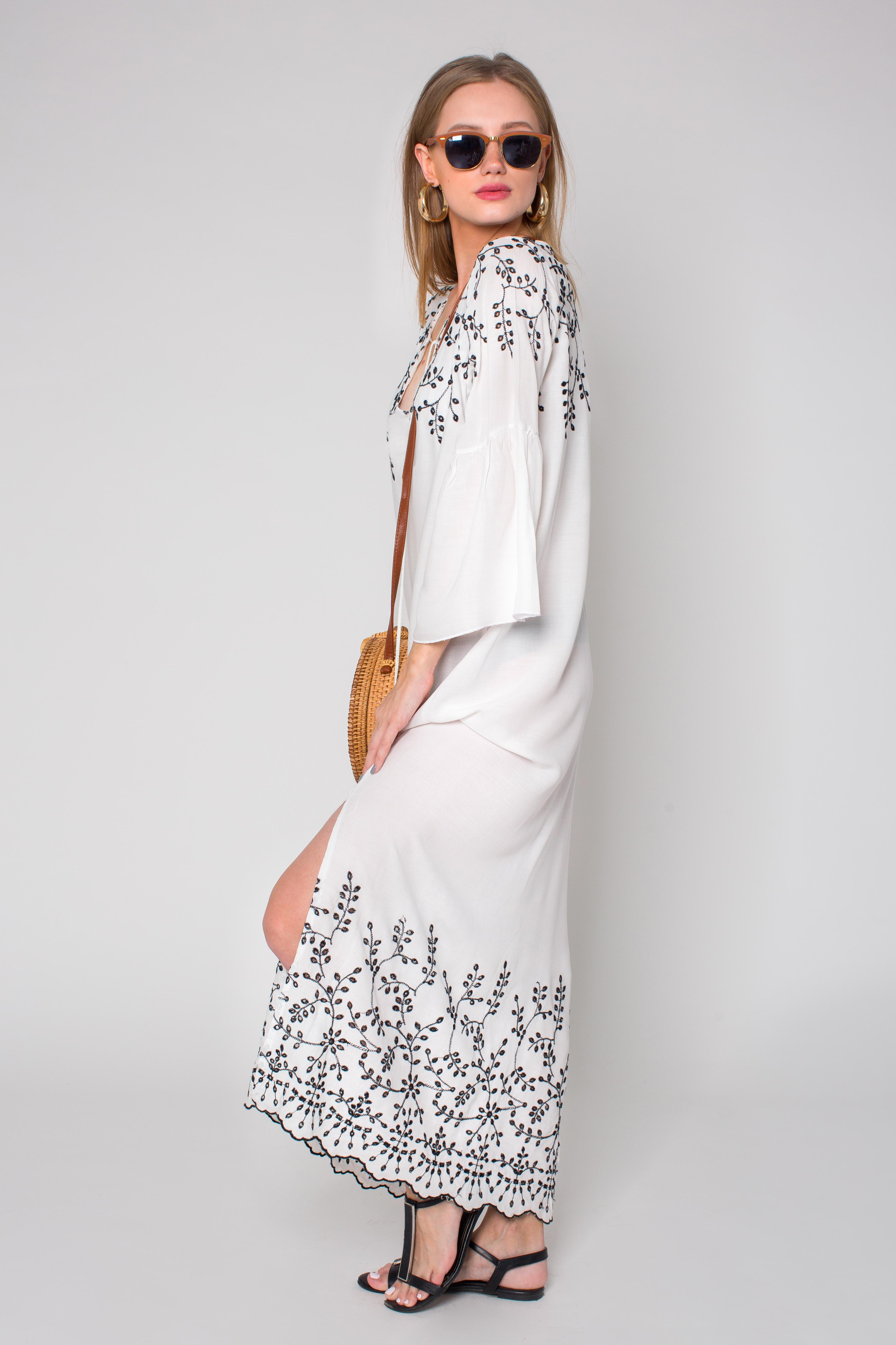 שמלה גלביה רקומה