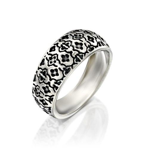 """טבעת כסף 925 מושחר המעוטרת בדוגמה ייחודית. טבעת נפוחה בסגנון """"בומביי"""" נועה טריפ Noa tripp."""