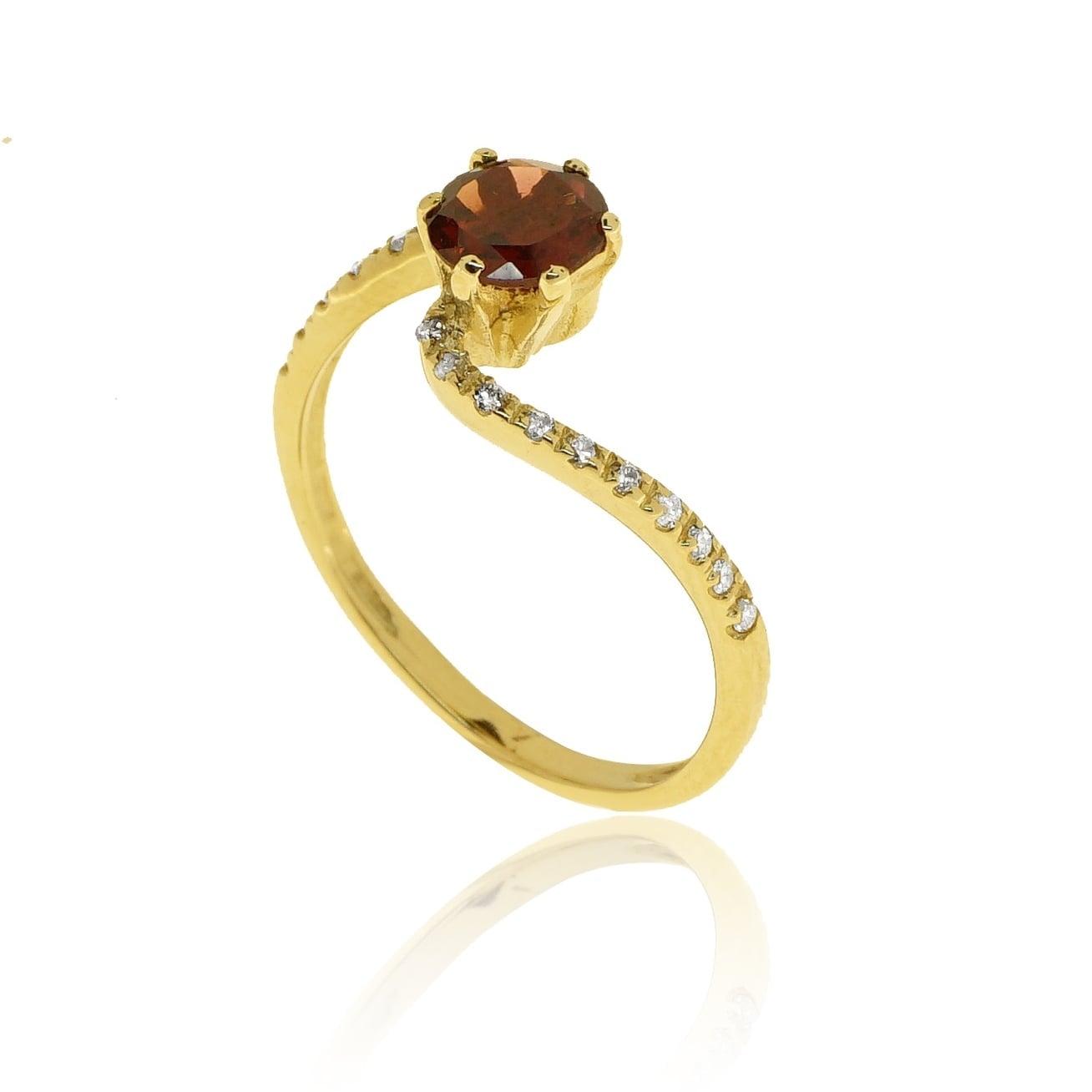 טבעת זהב 14 קרט משובצת אבן חן גרנט טבעית ו0.16 קראט יהלומים