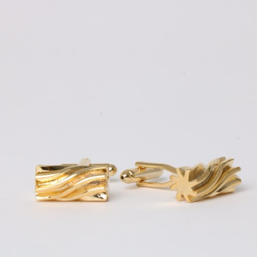חפת דגם חרוט מסולסל זהב
