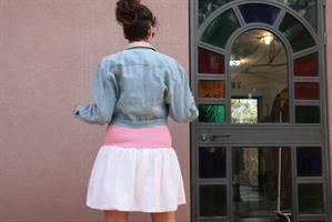 ג'קט ג'ינס קרופ עם קישוט גובלני שנות ה-80 מידה M/L