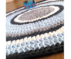 שטיח סרוג, שטיחים סרוגים, שטיח סרוג לחדר ילדים, שטיח סרוג לחדר תינוק, שטיח סרוג תכלת ולבן, שטיח סרוג בטריקו
