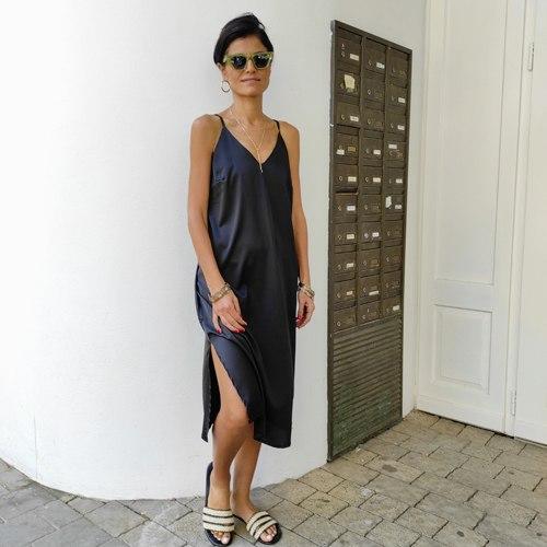 שמלת סאטן משי - שחורה