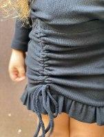 חליפת חצאית כיווצים שחורה   (2-16)