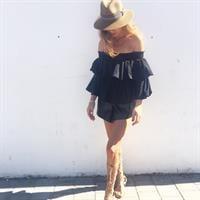 חולצת איזבלה שחורה