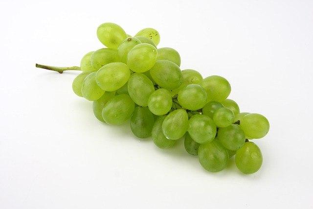 ענב לבן ללא חרצנים -ענבי טלי