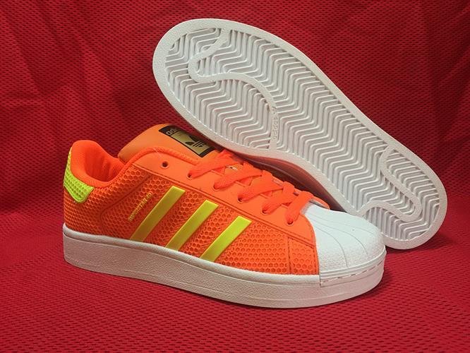 נעלי adidas superstar 4D מידות 36-40 LIMITED