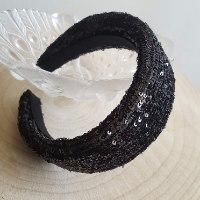 קשת פאייטים דגם פליסה שחור