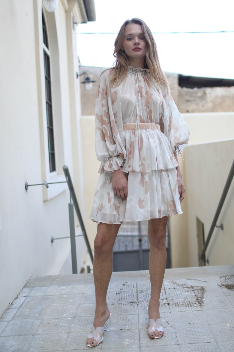 שמלת ערב קצרה קומות- בז'