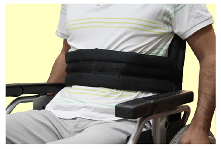 חגורת בטיחות לכסא גלגלים
