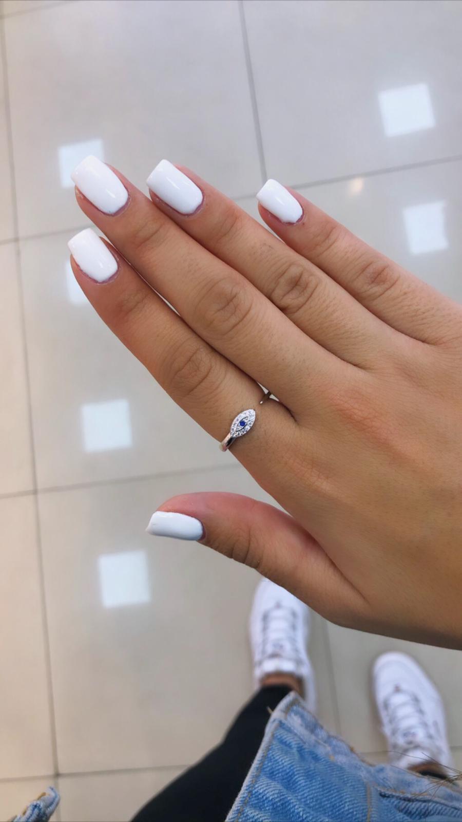 טבעת עין עם אבן כחולה