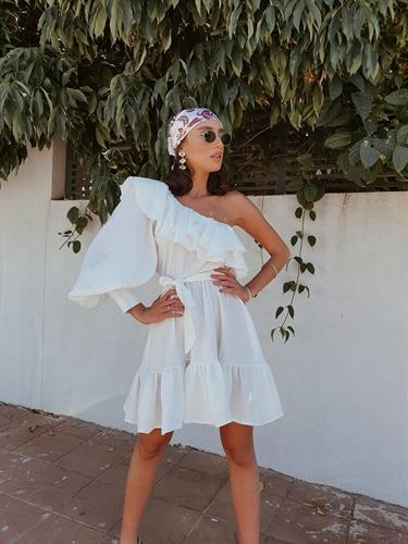 שמלת כתף מונקו -לבנה