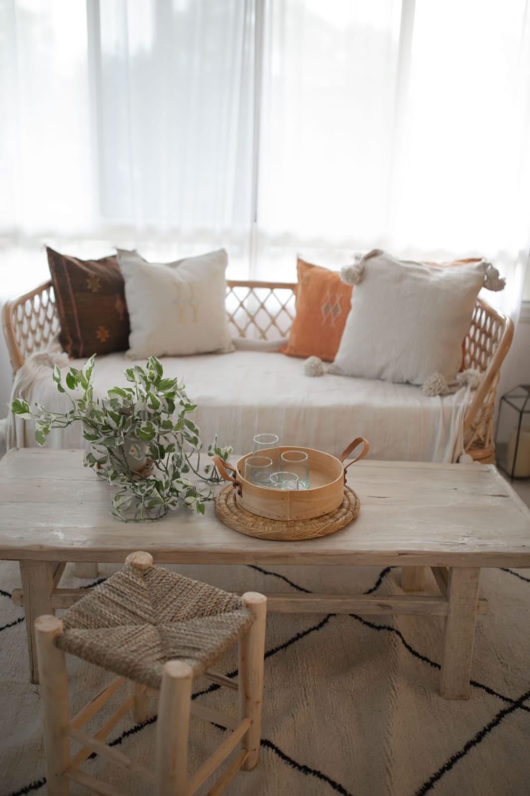 רהיטי במבוק ועץ טיק - פנטזיה מרוקאית