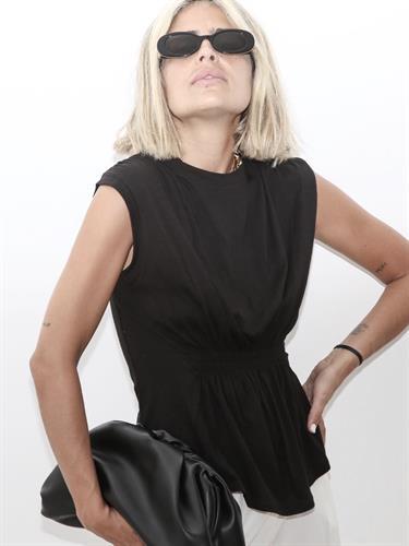 חולצת איימי כיווצים שחור