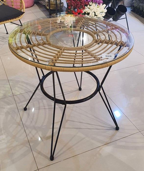 שולחן עשוי במבוק רגלים מתכת + פלטת זכוכית