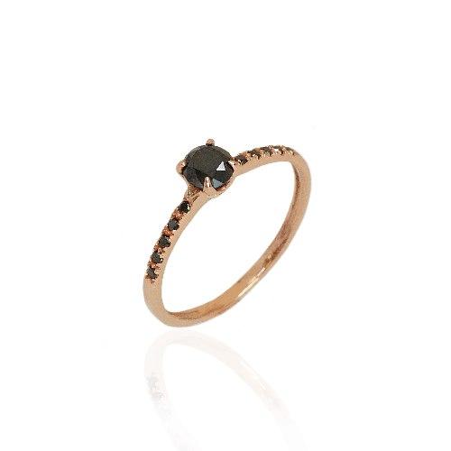 טבעת יהלומים שחורים 0.70 קאראט