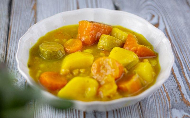מרק צהוב לקוסקוס