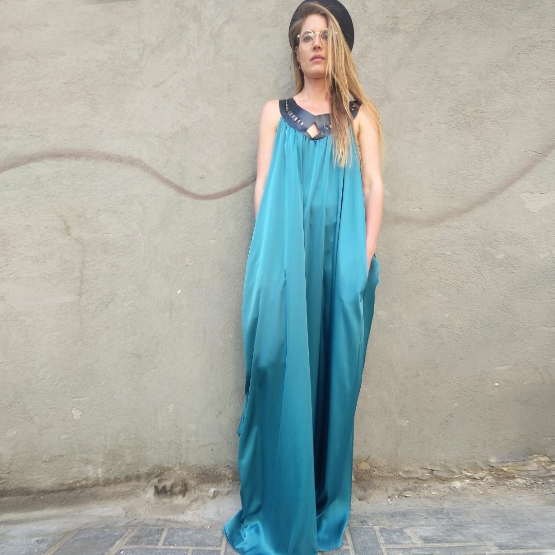 שמלת לילה טורקיז בשילוב דמויי עור לייזר קאט