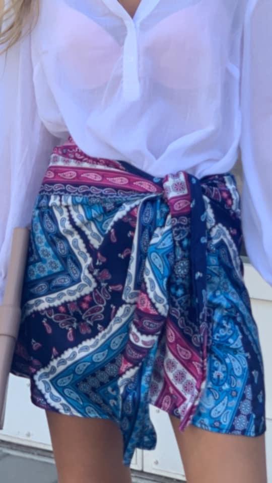 חצאית מעטפת מיני בנדנה פרינט