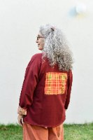 חולצה עליונה מדגם פאני מבד פרנץ׳ טרי בצבע בורדו
