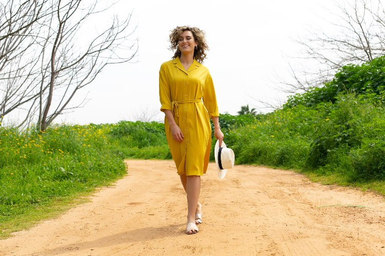 שמלת חרדל צהוב