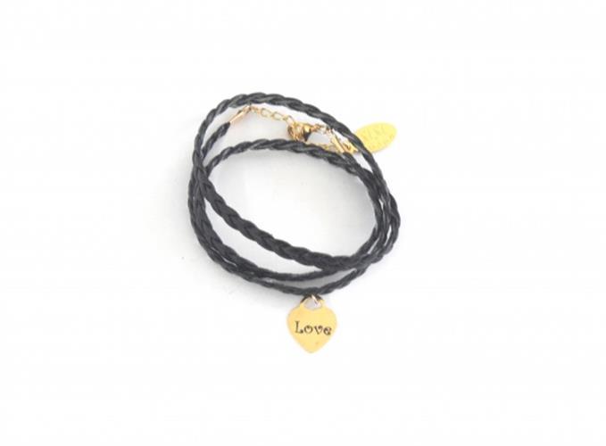 צמיד דמוי עור שחור+לב גולדפילד עם חריטה