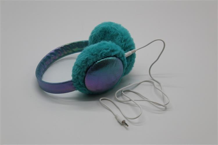 מחמם אוזניים משולב אוזניות