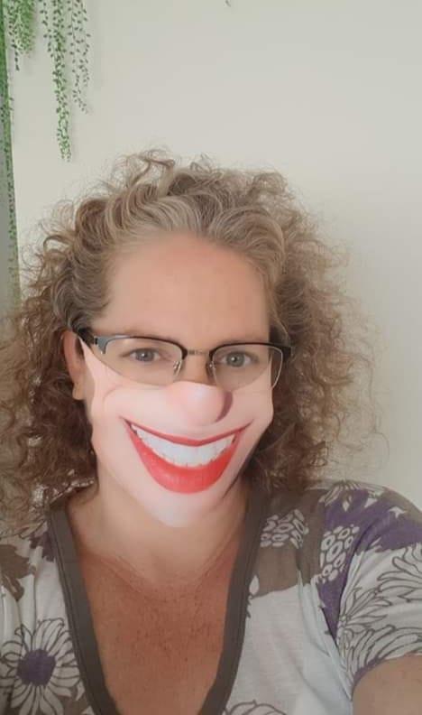 מסכת פנים עם החיוך שלך - מסכה רב פעמית מעוצבת ללא גומי ותפרים