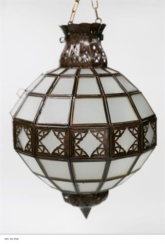 אהיל כדור זכוכית חלבית