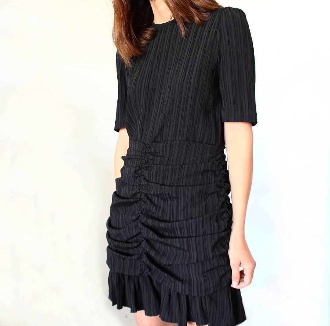 שמלת לוסיה - שחורה