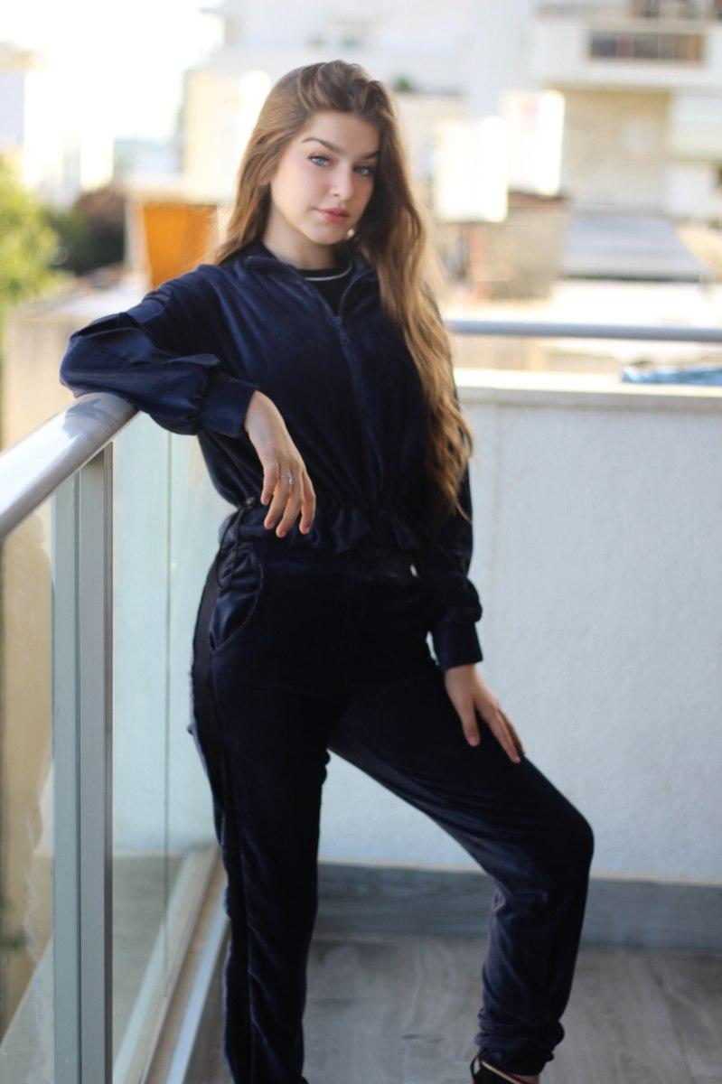 סט טרנינג קורדרווי-מכנס וחולצת כיווץ עם רוכסן