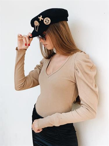 חולצת פאף קאמל