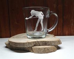 חריטה על זכוכית, חריטה על כוסות שתיה חמה, מתנות ביליארד עם חריטה
