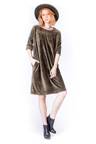 שמלת וולווט ירוק