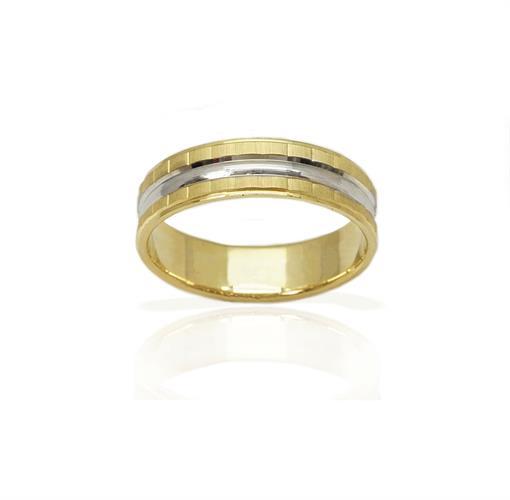 טבעת נישואין מעוצבת עם טקסטורת הברשה והברגה - דגם M104