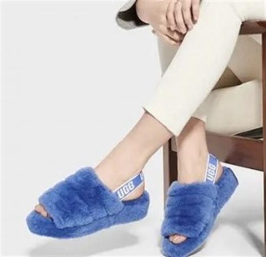 כפכפי פרווה נשים UGG צבע כחול