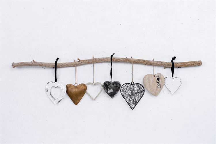 ענף של 7 לבבות